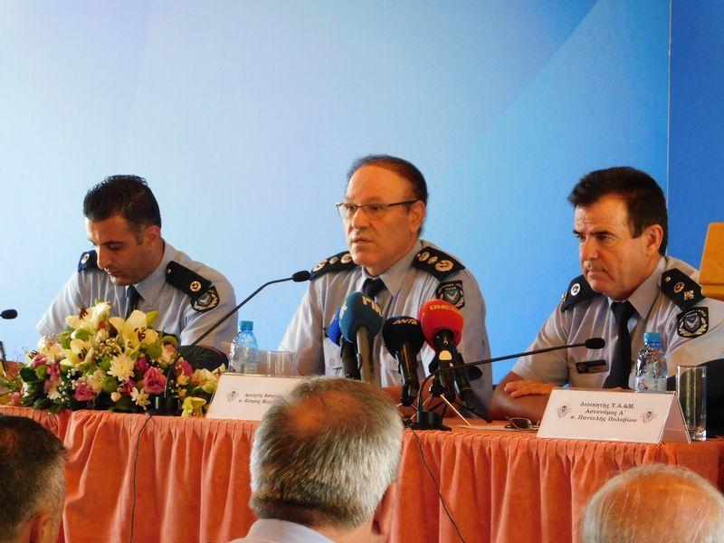 Συνάντηση Αρχηγού Αστυνομίας με τη Διοίκηση και μέλη της Υπηρεσίας Αλλοδαπών και Μετανάστευσης