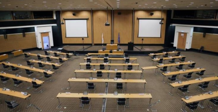 Επιτροπή Δεοντολογίας της Βουλής: Επιφύλαξε την απόφασή της για συμβάν μεταξύ Θεμιστοκλέους - Ξάνθου